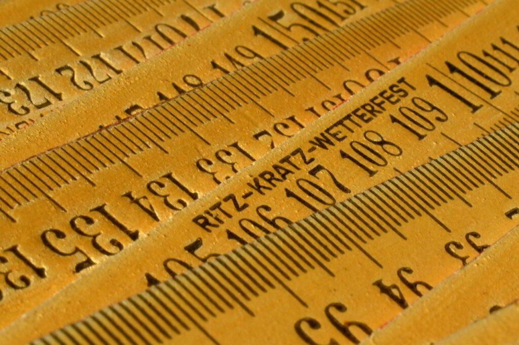 Measure Ruler Measurement Rule  - papazachariasa / Pixabay