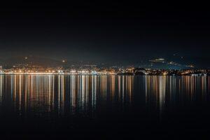 Night City Sea Architecture Urban  - AveCalvar / Pixabay
